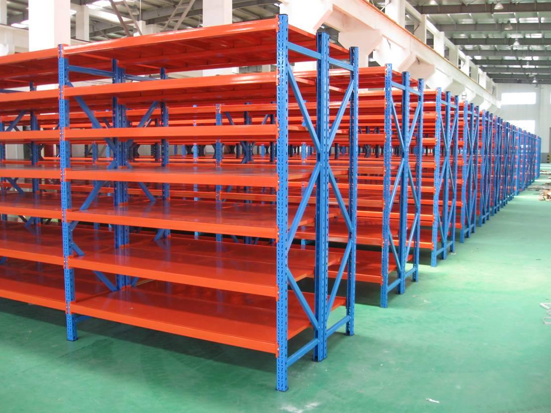 Medium plate shelves