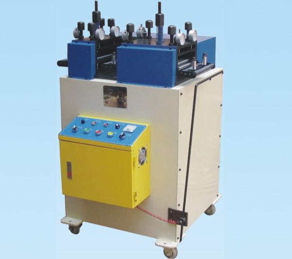 薄板用高精度、高速度、特殊结构材料整平机(DL-二段式)